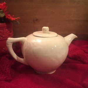 Johnson Brothers Newer Creamy Ivory Tea Pot